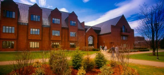 Saint Michael's College international awards in the USA, 2019 | How To Apply