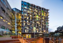 Dean's International Doctoral Scholarship at The University of Auckland, New Zealand