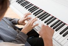Mr Digital Piano Innovative Annual Writing Scholarship