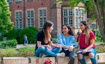 Future Leaders Postgraduate International Awards at University of Bristol in UK