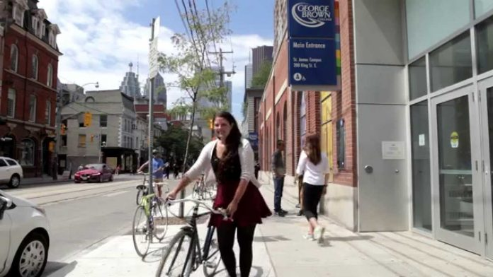 George Brown College International Student Leadership Scholarships, Canada